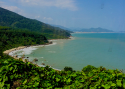 Train ride from Hue to Danang - no roads to these beaches